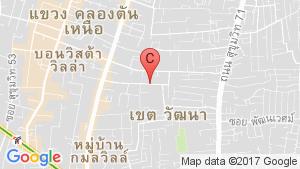 Ten Ekamai Suites location map
